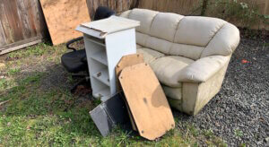 Junk Furniture Removal - Old Furniture Disposal Winnipeg